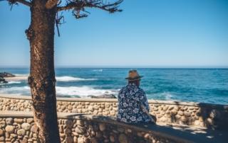 A domicile comment prévenir les chutes des seniors ou des personnes âgées chez elles